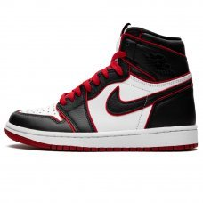 Унисекс Nike Air Jordan 1 Retro High OG Bloodline Black/White/Red